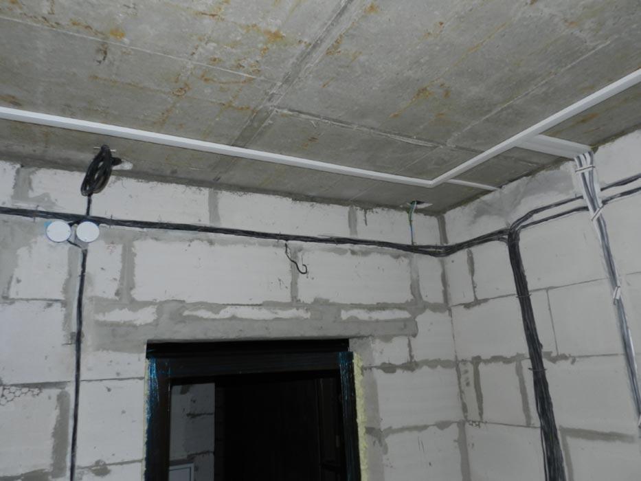 подвесного потолка.